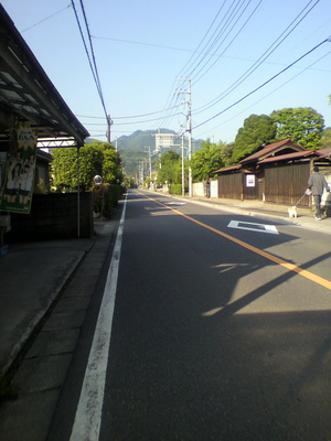 2011060406490001_2